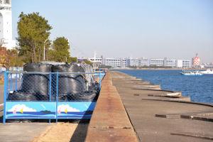 本牧海づり施設の北側堤防