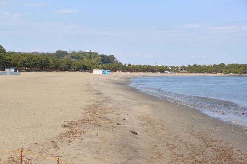 一人もいない砂浜
