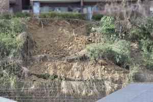 2月に起きた逗子の斜面崩落