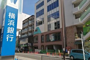 金沢八景駅前2街区に建設中のビル
