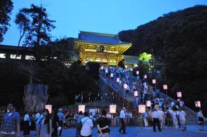 鶴岡八幡宮「ぼんぼり祭り」