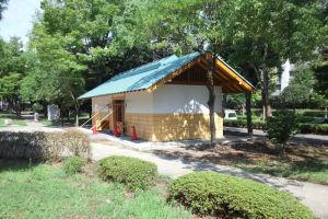 富岡八幡公園のトイレ