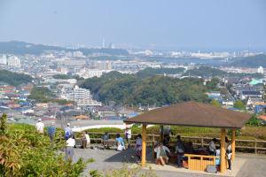 秋晴れの鷹取山