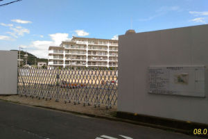 浜銀金沢支店東側の空き地