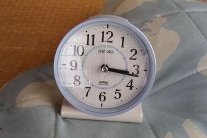 セイコー目覚まし時計初期不良