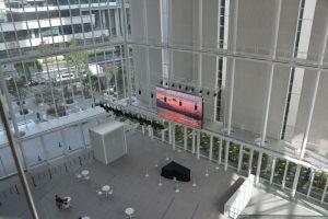 新市庁舎1階のアトリウム