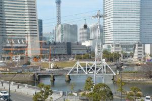 日本丸と汽車道がみえます
