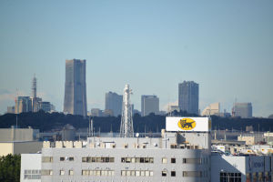 ランドマークタワー、横浜市役所までは約8.6Km
